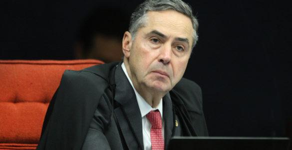 """Barroso: """"Não é meu papel fazer crítica pública a qualquer presidente"""""""