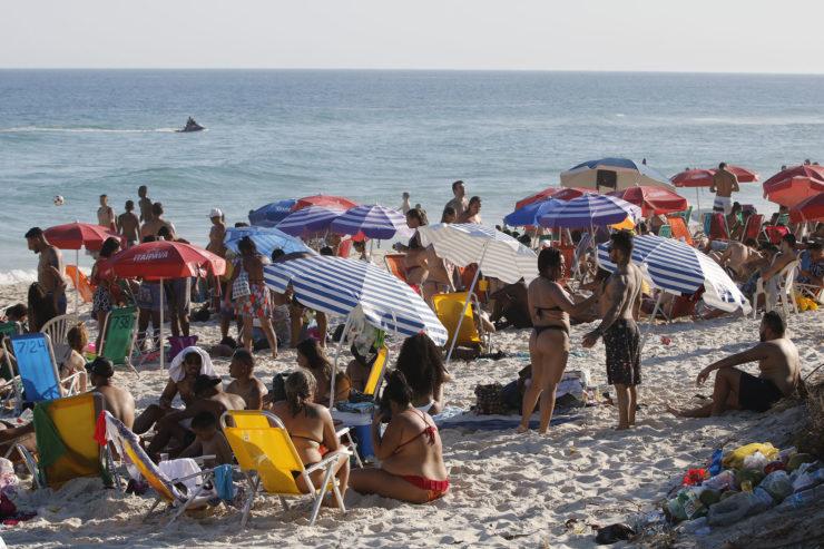 quais praias estão liberadas neste feriado