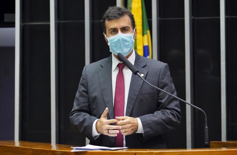 """Freixo rebate Guedes e pede investigação de offshore """"imoral e ilegal"""""""